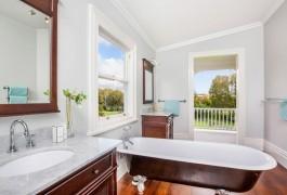 Bathroom Horsefall & Church | Residential | Logan Architects