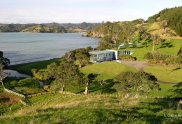 Helena Bay Beachfront Vacation Lodge & Resort Facilities | Residential Architecture | Logan Architects